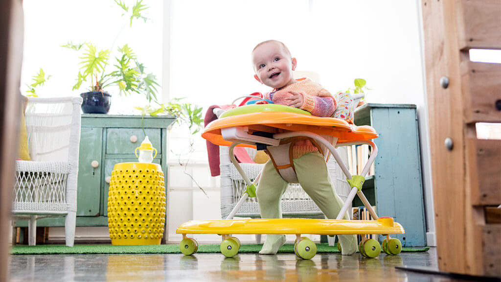 Disadvantages Of Baby Walkers ( Don't Worry About It)